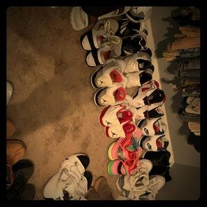 I just took picture of all my shoes hit me to buy1
